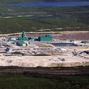 The uranium mine at McArthur River in Saskatchewan, once the world's largest uranium producer, is owned by the companies Cameco and AREVA. Photo credit: Turgan at English Wikipedia / creativecommons.org/licenses/by-sa/3.0